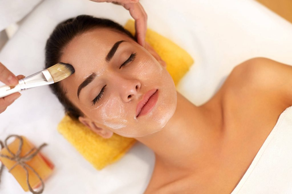 Facial spa treatment